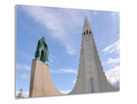 Leif Eriksson, Hallgrimskirkja, Reykjavik, Iceland-Lisa S^ Engelbrecht-Metal Print