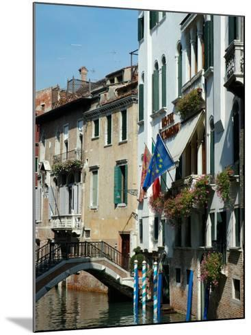 Bridge over Canal, Venice, Italy-Lisa S^ Engelbrecht-Mounted Photographic Print