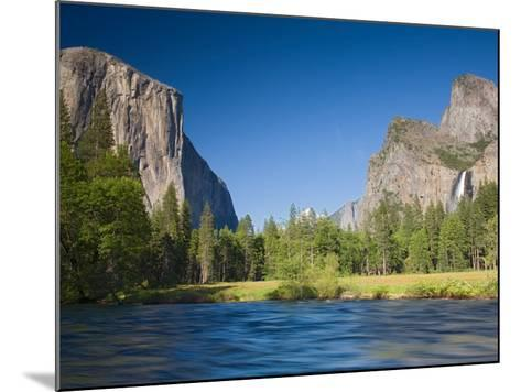 Valley View with El Capitan, Yosemite National Park, CA-Jamie & Judy Wild-Mounted Photographic Print