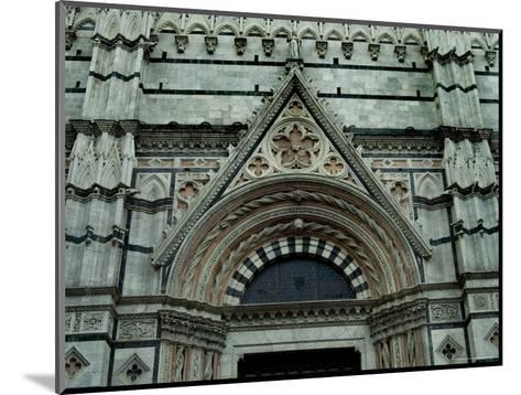 Close View of Top of One of the Portals to the Duomo di Siena, Tuscany, Italy-Todd Gipstein-Mounted Photographic Print