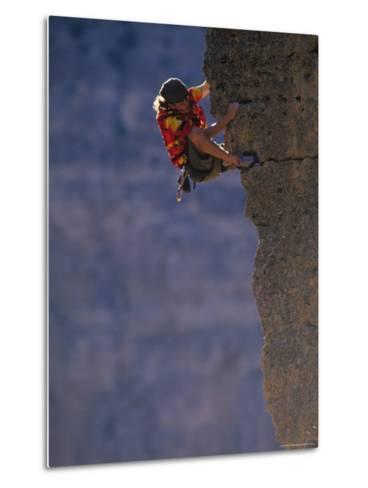 Man Rock Climbing in Wyoming-Bobby Model-Metal Print