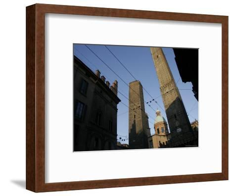 Le du Torri Towers at the Piazza di Porta Ravegnana, Bologna, Italy-Gina Martin-Framed Art Print