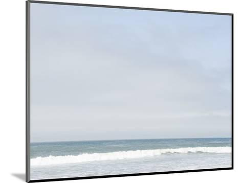 Landscape View of Ocean and Wave Breaking, Santa Barbara, California-James Forte-Mounted Photographic Print