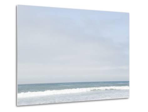 Landscape View of Ocean and Wave Breaking, Santa Barbara, California-James Forte-Metal Print