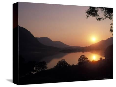 Sunset over Bassenthwaite Lake in the Lake District in England-Richard Nowitz-Stretched Canvas Print