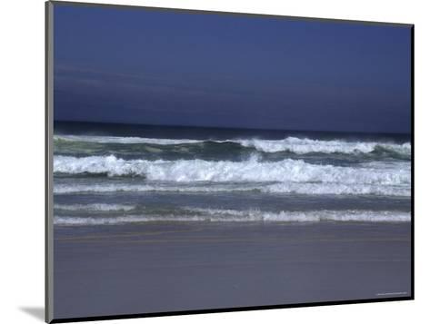 Waves Roll to Shore in the Pacific Ocean, Ventura, California-Stacy Gold-Mounted Photographic Print