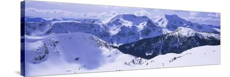 Snowcapped Mountain Range, Raft Mountain, Wells Gray Provincial Park, British Columbia, Canada--Stretched Canvas Print