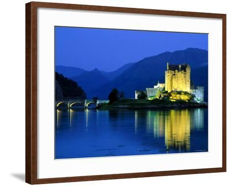 Eilean Donan Castle, Loch Duich, Highlands, Scotland-Steve Vidler-Framed Art Print
