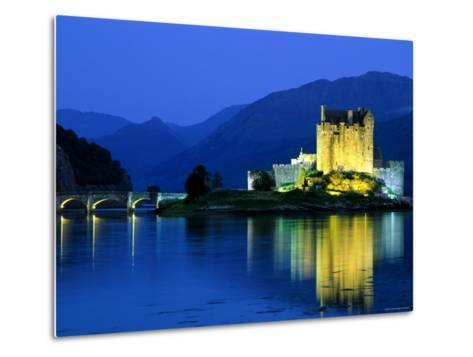 Eilean Donan Castle, Loch Duich, Highlands, Scotland-Steve Vidler-Metal Print