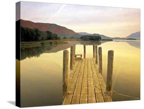 Derwent Water, Lake District, Cumbria, England-Peter Adams-Stretched Canvas Print