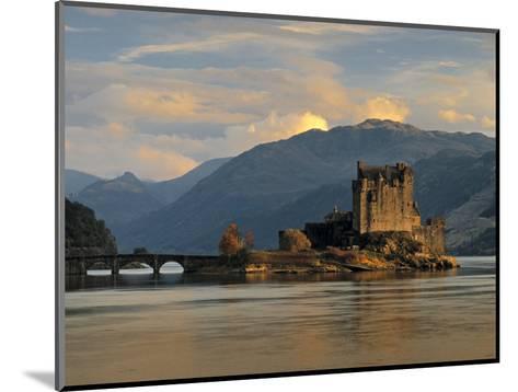 Eilean Donan Castle, Western Highlands, Scotland-Gavin Hellier-Mounted Photographic Print