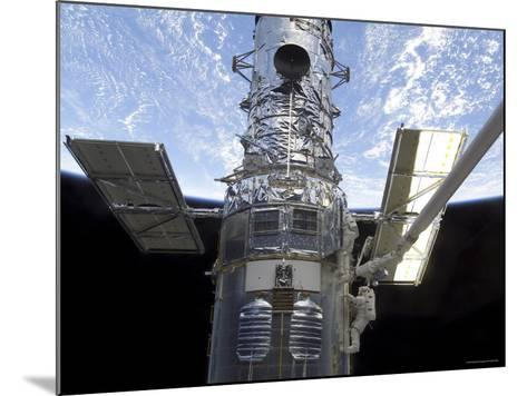 Astronauts Participate in Extravehicular Activity on the Hubble Space Telescope-Stocktrek Images-Mounted Photographic Print