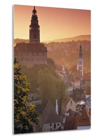 Cesky Krumlov, South Bohemia, Czech Republic-Walter Bibikow-Metal Print
