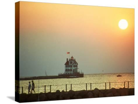 Sunset Over Lake Erie, OH-Jeff Greenberg-Stretched Canvas Print