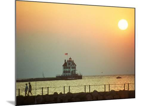 Sunset Over Lake Erie, OH-Jeff Greenberg-Mounted Photographic Print