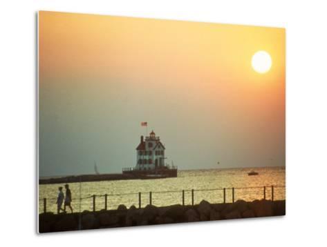 Sunset Over Lake Erie, OH-Jeff Greenberg-Metal Print