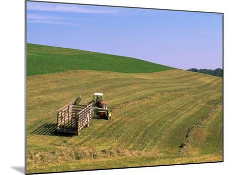 Tractor Pulling Container of Hay, Ohio-Jeff Friedman-Mounted Photographic Print