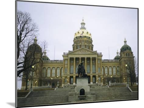 The Iowa State Capitol Building-Joel Sartore-Mounted Photographic Print