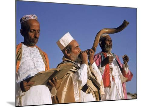 Indian Rabbi Blowing the Shofar Horn on the Jewish Sabbath-Alfred Eisenstaedt-Mounted Photographic Print