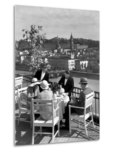 Dining Outside at Restaurant on Roof of Excelsior Hotel-Alfred Eisenstaedt-Metal Print
