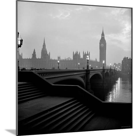 View of the Houses of Parliament as Seen Across Westminster Bridge at Dawn-Nat Farbman-Mounted Photographic Print