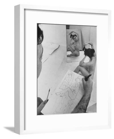 David Fredenthal Drawing Nude Model-Gjon Mili-Framed Art Print