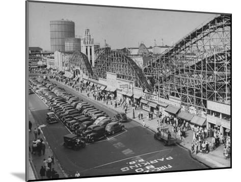 Coney Island-Ralph Morse-Mounted Photographic Print