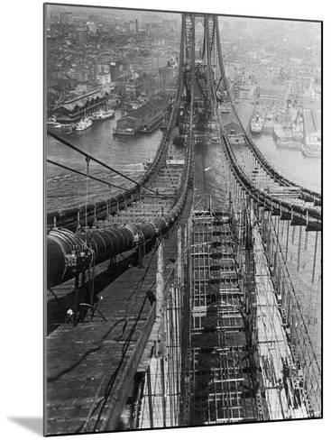 Manhattan Bridge under Construction--Mounted Photographic Print