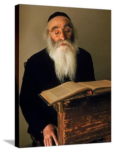 Rabbi Reading the Talmud-Alfred Eisenstaedt-Stretched Canvas Print
