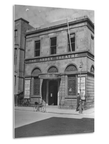 View of the Abby Theater in Dublin-Hans Wild-Metal Print