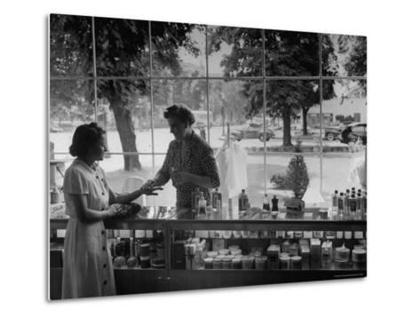 Woman Shopping For Cosmetics-Alfred Eisenstaedt-Metal Print