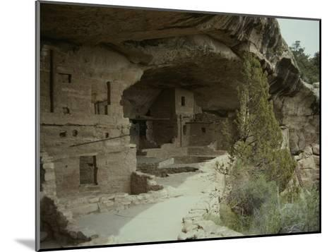 Anasazi Ruins at Mesa Verde National Park-Stacy Gold-Mounted Photographic Print
