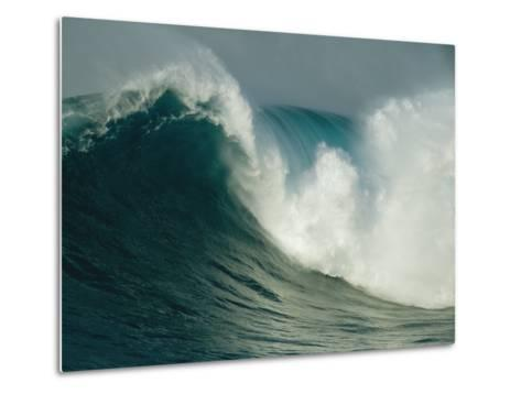 A Powerful Wave, or Jaws, off the North Shore of Maui Island-Patrick McFeeley-Metal Print