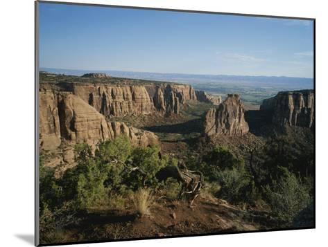 A Morning View of Colorado National Monument in Southwestern Colorado-Taylor S^ Kennedy-Mounted Photographic Print