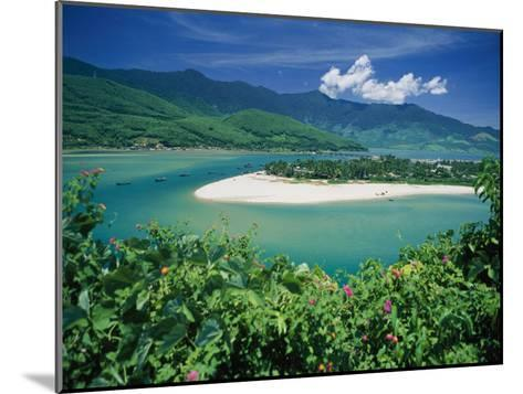 Elevated View of a Sandy Strip of Land with White Beaches and Emerald Waters-Steve Raymer-Mounted Photographic Print