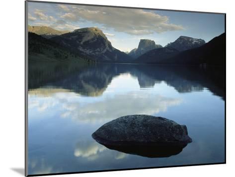 Green River Lake, Bridger-Teton National Forest, Pinedale, Wyoming-Raymond Gehman-Mounted Photographic Print