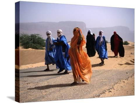 Local People Travel the Road Between Nouadhibou and Mouackchott, Mauritania-Jane Sweeney-Stretched Canvas Print
