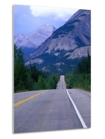 Icefield Parkway, Banff, Alberta, Canada-Jan Stromme-Metal Print
