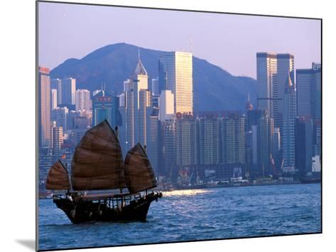 Junk Sailing in Hong Kong Harbor, Hong Kong, China-Paul Souders-Mounted Photographic Print