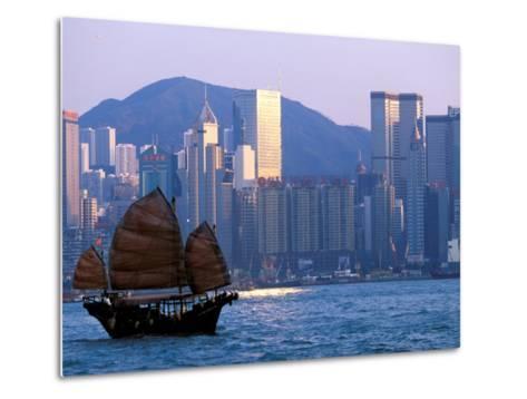 Junk Sailing in Hong Kong Harbor, Hong Kong, China-Paul Souders-Metal Print