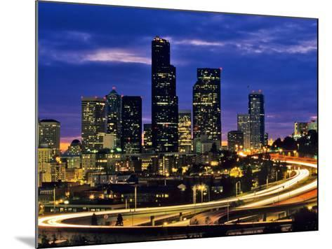 Seattle, Washington, USA-Chuck Haney-Mounted Photographic Print