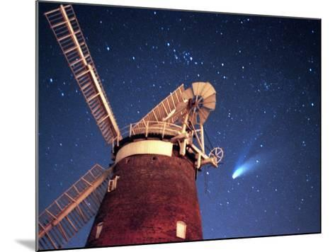Hale Bopp Comet in Sky Over Thaxted Essex--Mounted Photographic Print