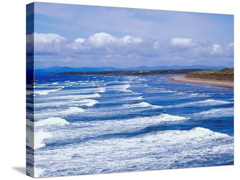 Ocean Waves--Stretched Canvas Print