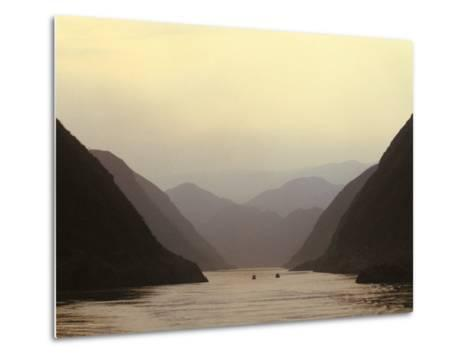 Three Gorges, Yangtze River, China-Keren Su-Metal Print