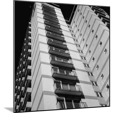Bachelor Apartment House-Michael Rougier-Mounted Photographic Print