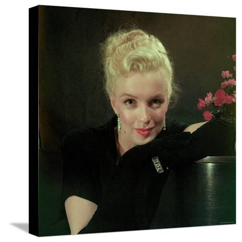 Portrait of Actress Marilyn Monroe-Ed Clark-Stretched Canvas Print