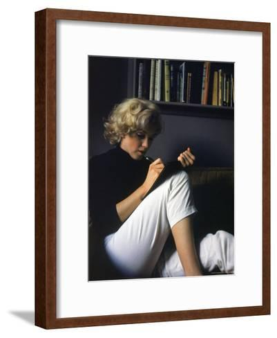 Marilyn Monroe Writing at Home-Alfred Eisenstaedt-Framed Art Print