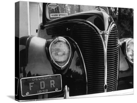 President Franklin Roosevelt's 1938 Ford Sedan-Margaret Bourke-White-Stretched Canvas Print