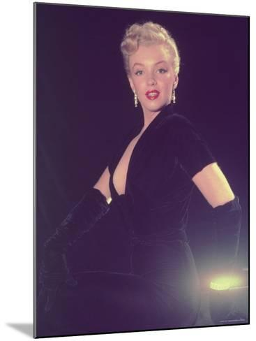 Portrait of Starlet Marilyn Monroe-Ed Clark-Mounted Premium Photographic Print