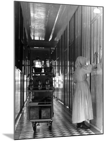 Nurse Distributing Meals in Diphtheria Section of Contagious Disease Hospital at Pasteur Institute--Mounted Photographic Print